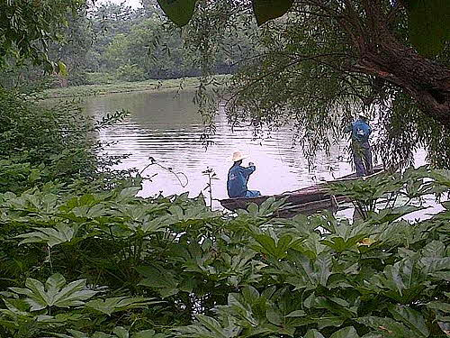Hangzhou wetlands fisher boat