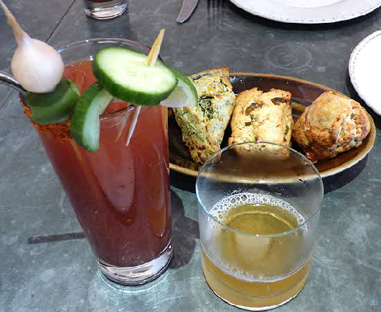 Italienne Scones and Bloody Mary