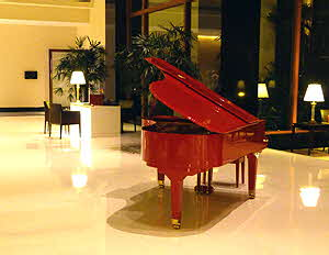 Oberoi Mumbai Red Piano