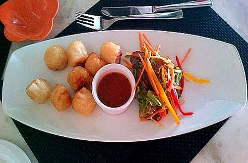 The_Vivanta By Taj Coral Reef_Fish_Balls