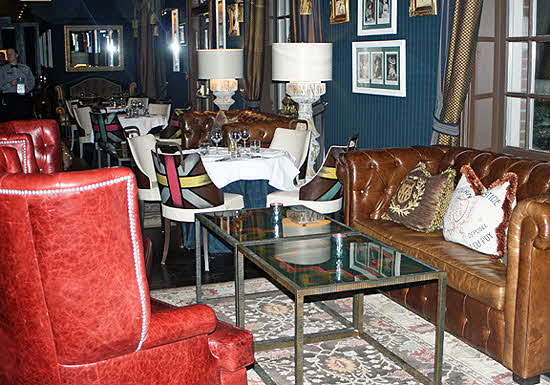 Windsor Arms Living Room Restaurant